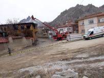 Sivrihisar'da Ev Yangını, 1 Ölü