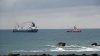 Bozcaada Açıklarında Karaya Oturan Gemi Kurtarıldı