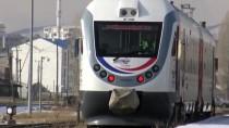 Kars'ta Kovid-19 Nedeniyle Ara Verilen Bölgesel Tren Seferleri Yeniden Başladı