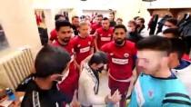 Down Sendromlu Çocuğun Futbol Maçı İzleme Hayalini Aksaray Valisi Aydoğdu Gerçekleştirdi