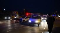 Otomobil Ve Ticari Araç Çarpıştı Açıklaması 2 Yaralı