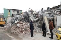 Bitlis Deresi'nin Üstündeki İş Yerlerinin Yıkımı Sürüyor