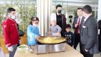 Down Sendromlu Çocuklar Düzenlenen Etkinlikte Kilis'in Tescilli Cennet Çamuru Tatlısını Yaptı