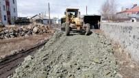 Kars'ta Belediye Yol Yapım Çalışmalarına Başladı