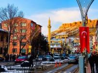 Bayburt'ta Trafiğe Kayıtlı Araç Sayısı Şubat Ayı Sonu İtibarıyla 15 Bin 888 Oldu