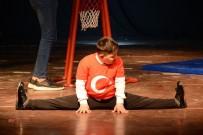 Down Sendromlu Ve Otizmli Çocuklardan Eğlenceli Performanslar