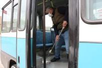Erbaa'da Özel Halk Minibüsleri Dezenfekte Ediliyor