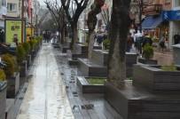 Korona Virüsün Yapamadığı Yağmur Yaptı