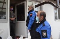 Polis, Kapı Kapı Gezerek 'Misafir Kabul Etmeyin' Uyarısı Yaptı