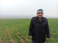 Suya Kanan Toprak Çiftçiyi Mutlu Etti