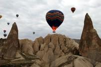 Kapadokya'da Balon Turları Hafta Sonuna Kadar Yapılamayacak