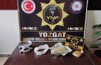 Otobüsle Uyuşturucu Taşıyan Şahıslar Yakalandı