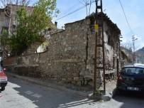 Tarihi Kumacık Hamamı Restorasyon Çalışmaları Başladı