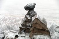 Kapadokya Bahar Ayında Beyaza Büründü