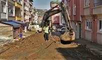 Altınordu'da Altyapı Çalışmaları Sürüyor