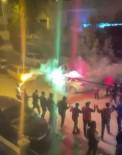 Antalya'da El Ele Tutuşan Gençlerden Meşale Eşliğinde Korona Halayı