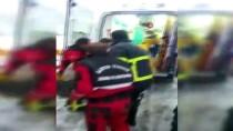 Bartın'da İşçi Servisi Devrildi Açıklaması 11 Yaralı