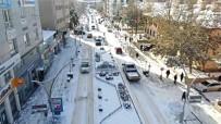 Bayburt'ta Kar Yağışı Etkisini Sürdürüyor