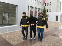 Bilişim Dolandırıcısı Polisin Operasyonuyla Yakalandı