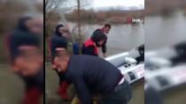 Sular Yükselince Oluşan Adacıkta Mahsur Kalan Şahıs Kurtarıldı