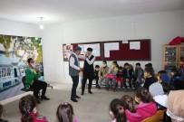 Bitlis Belediyesinden Köy Çocuklarına Tiyatro Gösterisi
