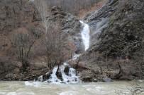 Tunceli'de Bir Günde 4 Mevsim Yaşandı