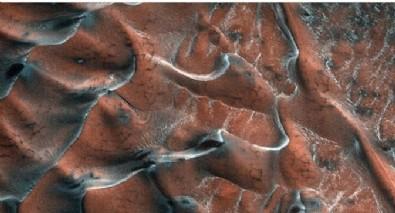 NASA gece yarısı paylaştı! Mars'ta şoke eden görüntü!
