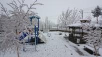 Bayburt'ta Kar Sonrası Soğuk Hava Etkisini Artırdı