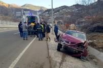 Gümüşhane'de Trafik Kazası Açıklaması 2 Yaralı