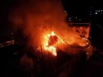 Kahramanmaraş'ta Askeri Kışla İçerisinde Yangın