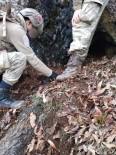 Tunceli'de Teröristlerin Kullandığı 2 Mağara İmha Edildi