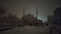 Bingöl Karlıova'da Kar Yağışı