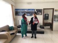 Başkan Büyükkılıç'tan Kadınlara Karanfil