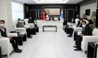 Rektör Karacoşkun Tebrikleri Kabul Etti