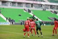 2. Lig Açıklaması Sakaryaspor Açıklaması 0 - Pendikspor Açıklaması 0