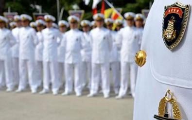 Bildiri yayınlayan amiraller tutuştu! 'Hastayız bizi bırakın'