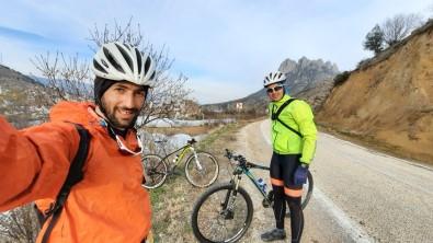 Eskişehirli Millî Bisikletçiler Antalya'da Yarışacak