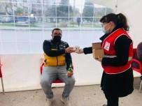 Kızılay'dan Kan Bağışında Bulunanlara Hediye