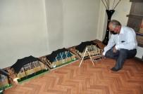 Atölyeye Çevirdiği Evinin Üst Katında Yaptığı Kıl Çadırlarla Zamana Meydan Okuyor