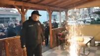 Polisler, Kavga Ettikleri İhbarı Yapılan Gurupla Pasta Kestiler