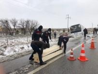 Rus Turist Otobüs Kazasında Hayatını Kaybetti
