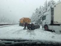 Şiddetli Tipi Ve Kar Yağışı Sebebi İle Ankara - Adana Otoyolu Trafiğe Kapandı