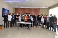 Yüksekovalı Kolej Öğrencileri Birinciliği Pasta Keserek Kutladılar