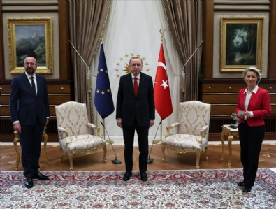 Alman dergisi Der Spiegel protokol krizini yazdı: Türkiye'nin suçu yok