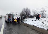 TEM'de Trafik Kazası Açıklaması 3 Yaralı