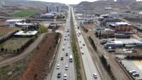 43 İlin Geçiş Güzergahında Kısıtlama Sonrası Trafik Yoğunluğu