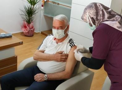 Başkan Bilgin 1. Doz Aşısını Oldu