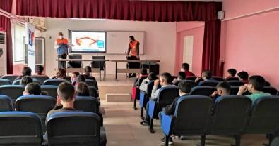 Cizre'de Öğrencilere 'Temel Afet Bilinci' Eğitimi Verildi