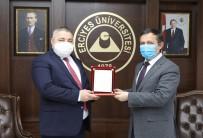 ERÜ Rektörü Çalış Tıp Literatürüne 3 Yeni Cerrahi Tedavi Yöntemi Kazandıran Prof. Dr. Abdullah Demirtaş'ı Tebrik Etti