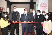 Hakkari'de 'Kitap Kafe' Açılışı